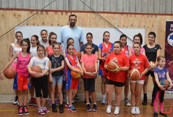 Vlade Divac<br />With Red<br />Stars_2013_5