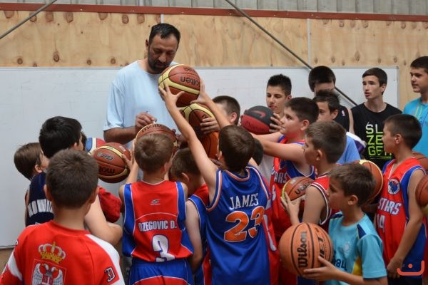 Vlade Divac<br />With Red<br />Stars_2013_6